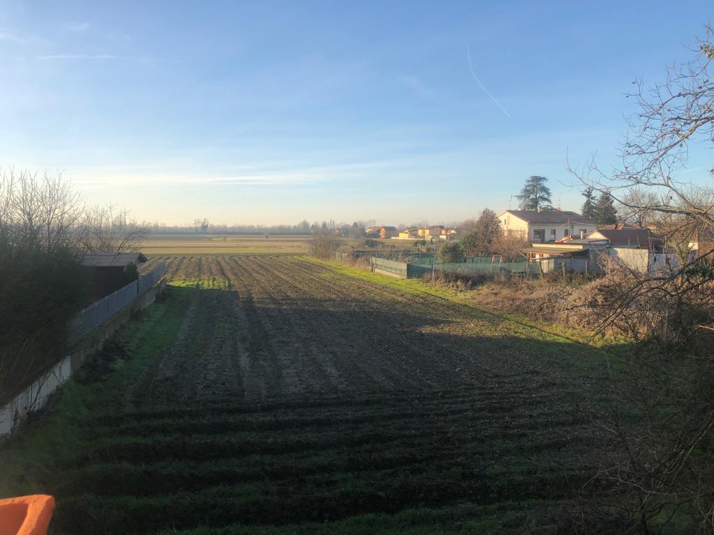 Villa con ampio terreno